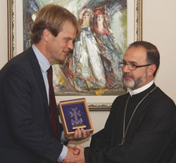 Rev. Archpriest Fr. Zareh Zargarian with The Honourable Chris Alexander, Canada's Citizenship and Immigration Minister.